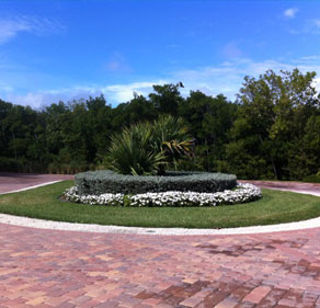 Key West Landscaping - Right Image 1